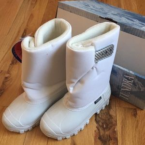 Tundra winter snow boots